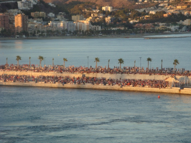 Thousands of people lined the pier to bid a fond farewell to the Oasis.