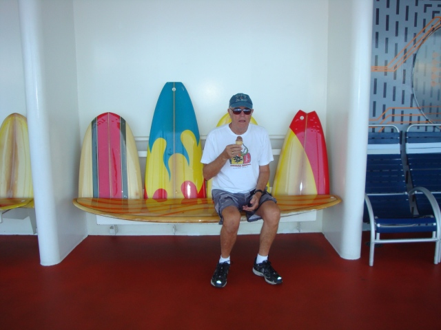 Loved the surf board benches outside the Wipe Out Café.
