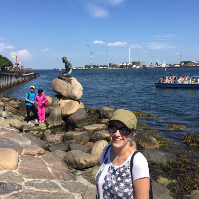 Vilma at the Little Mermaid statue