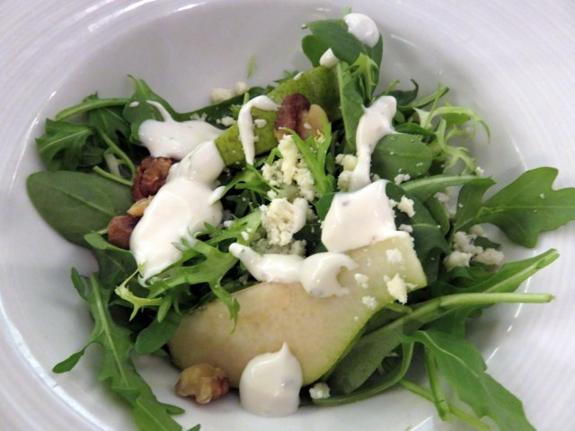 Bosc Pear salad with mixed greens and walnuts. Yummy!